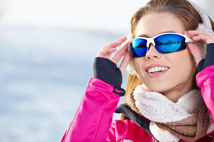 Sport woman in ski goggles